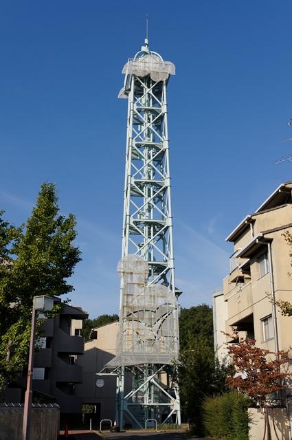 奈良市営二名住宅の給水塔その2