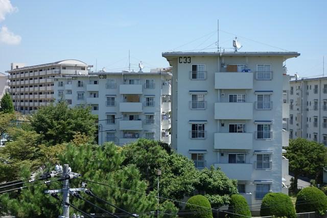 公団明石舞子団地C地区のボックス型住棟