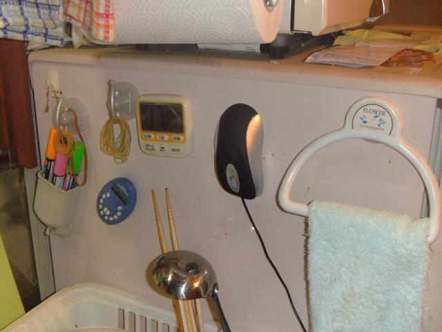 冷蔵庫にペタリ