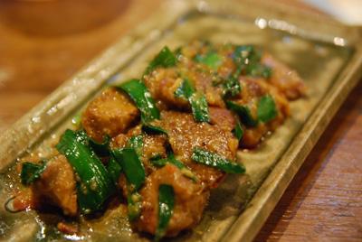 モツニラ味噌炒め