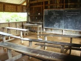 奥地の学校2