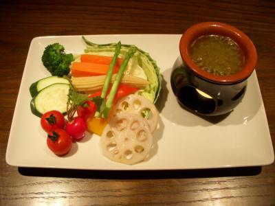 ACCESO(本日仕入れ野菜のバーニャカウダ¥980)