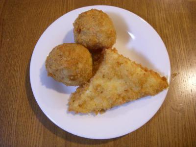 後藤蒲鉾店(おでんコロッケ¥60・はんぺんチーズ¥80)