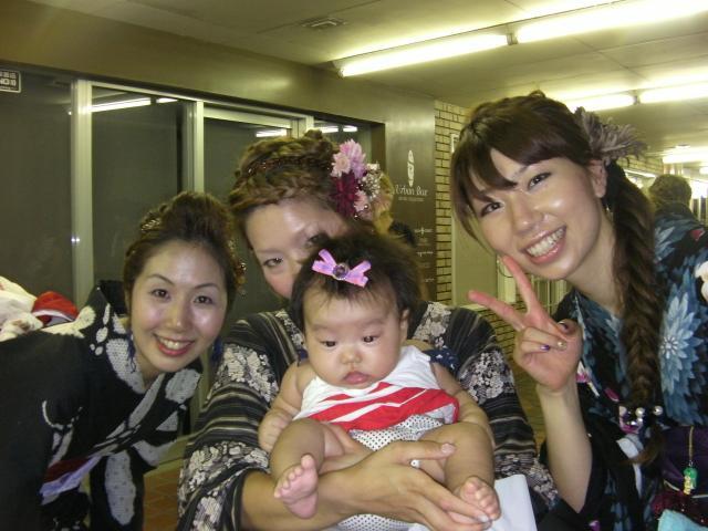 赤ちゃんと浴衣娘_convert_20100903180128