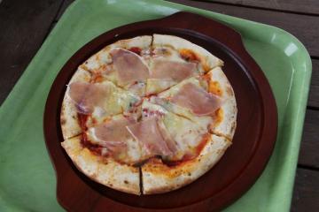 窯だしピザ