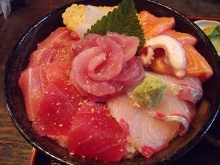 高半・海鮮丼