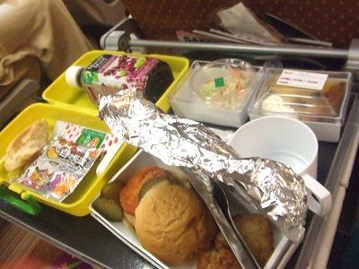 s-機内食20111112