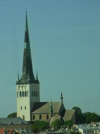 聖オレフ教会 ホテルの窓から