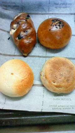 4種の菓子パン