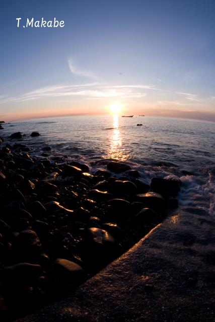 富戸港の朝陽