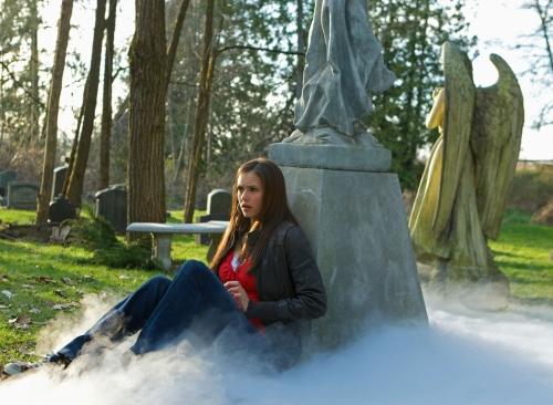 Vampire-Diaries-season1e01.jpg