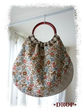 茶系花 まる持ち手バッグ