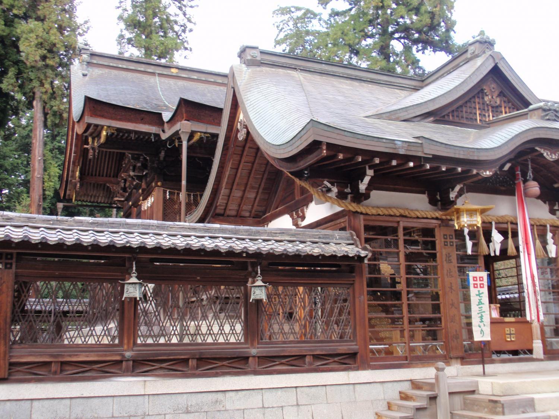 佐々木神社・本殿