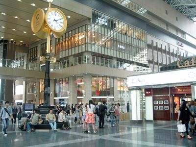 _046-2010大阪駅new3