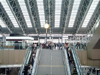 _046-2010大阪駅new1
