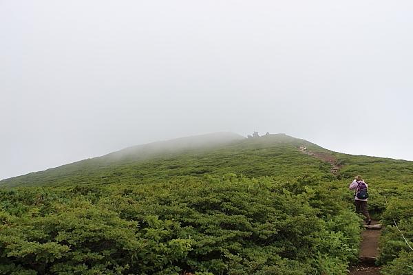 14栗駒山登山23