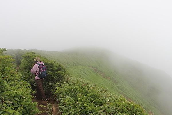 14栗駒山登山25