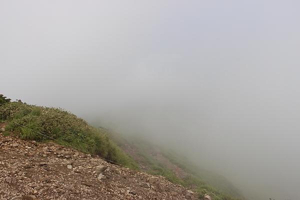 14栗駒山登山27