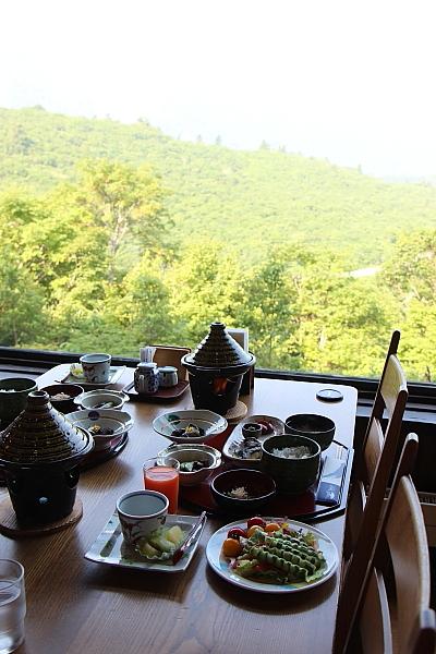 14栗駒山荘33