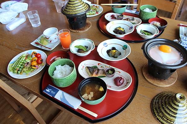 14栗駒山荘34