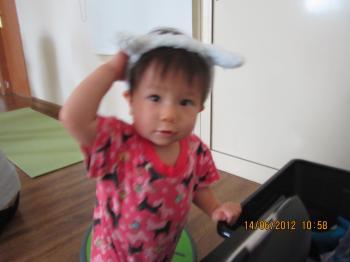 Baby+Yoga+Jun+14+2012+006_convert_20120618034616.jpg