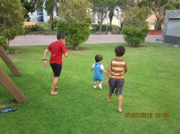 First+Walking+Out+018_convert_20120702150457.jpg