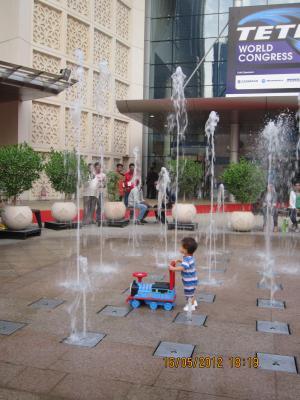 Trey++Fountain+020_convert_20120517050547.jpg