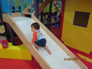 Trey+@+Play+Date+004_convert_20120522023014.jpg