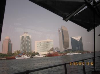 Trey+@+bateau+dubai+048_convert_20120422132710.jpg