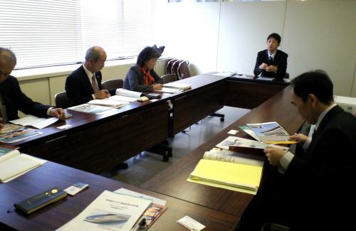 高岡市役所で研修(24.11.8)