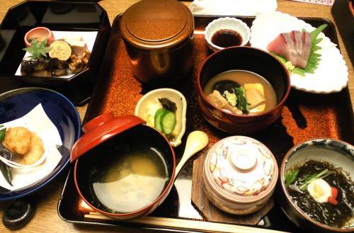 加賀料理を満喫(24.11.7)