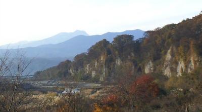 十三崖と妙高山(24.11.22)