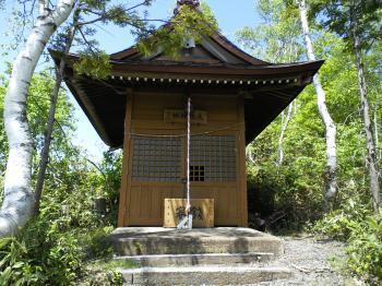 志賀高原大蛇神社(24.6.14)