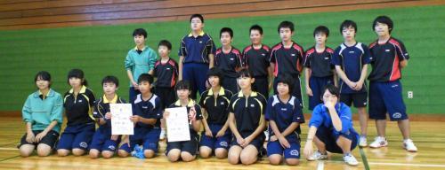 山ノ内中学卓球部の子どもたち(24.9.17)