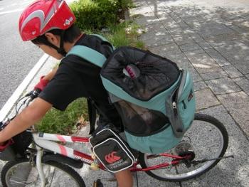 リュックで自転車4