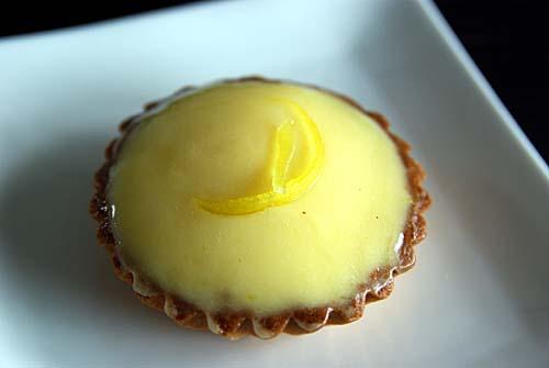 オーボン・スーヴニール レモンのムースタルト
