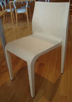 絵本美術館-椅子