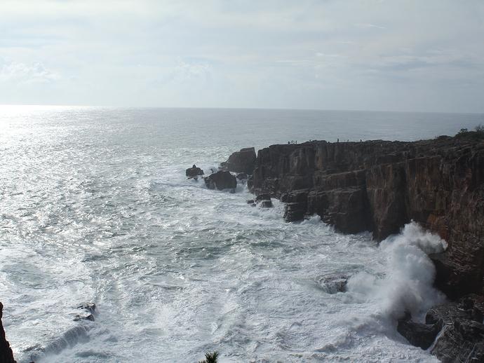 三段壁と輝く大海原