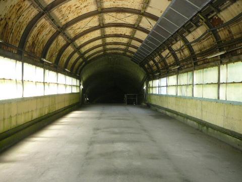土合駅下り方面2