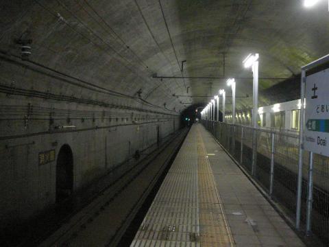土合駅下りホーム2