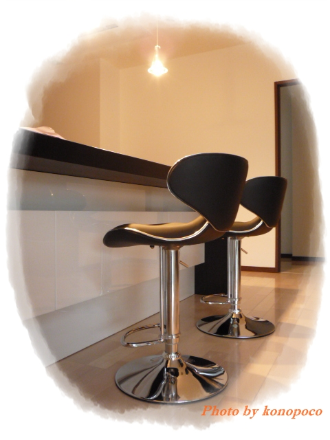 カウンターの椅子