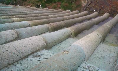石の屋根瓦