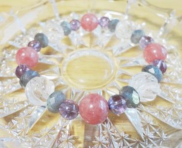 INR×ツイスト水晶 (1)