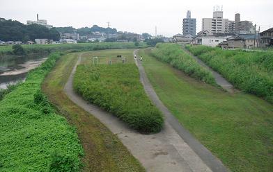 河川敷・ウォーキングコース1