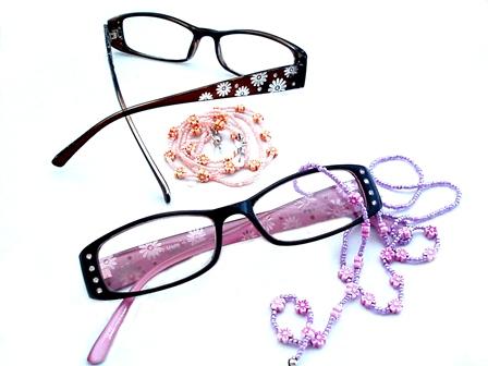 チェーン付き老眼鏡