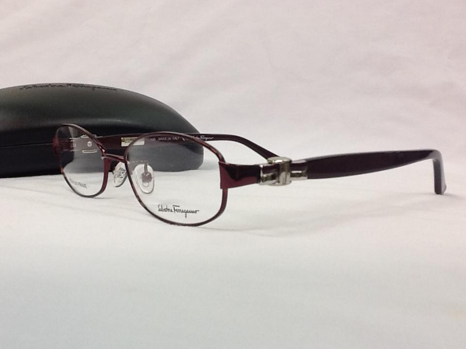 サルヴァトーレフェラガモ 品番:SF2507A フレームカラー:SHINY BROWN レンズサイズ:52ミリ