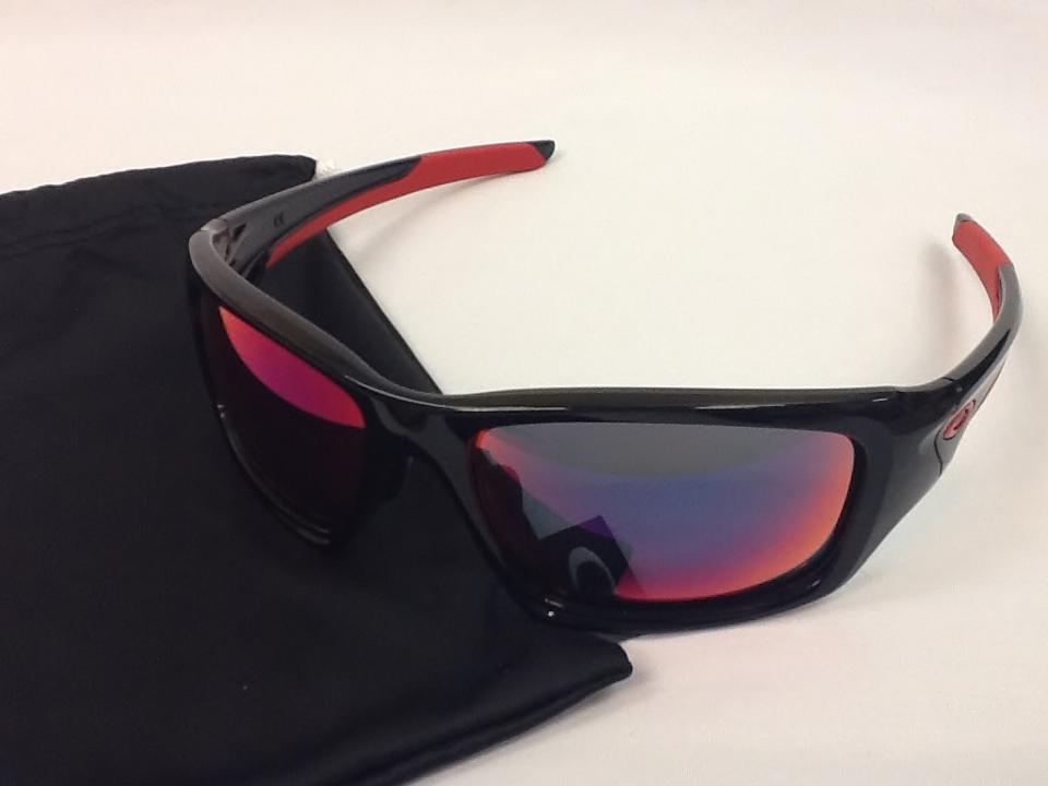 オークリー Valve(バルブ) 品番:OO9243-02 カラー:ポリッシュドブラック/レッドイリディウム