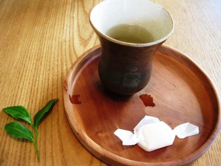 お茶と生姜糖