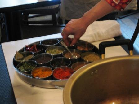 南インド料理_スパイスボックス