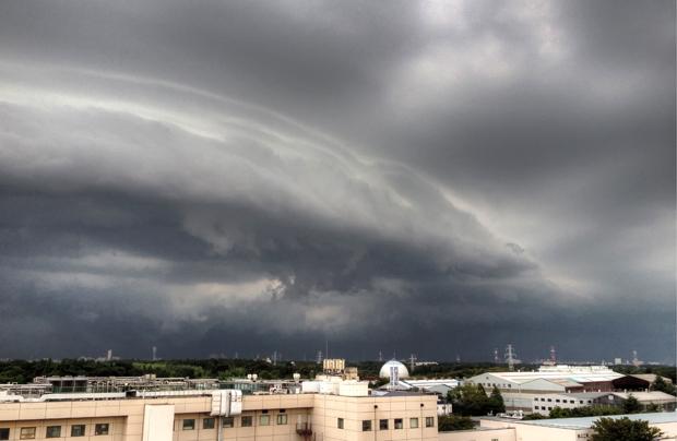 HDR-雲-evil